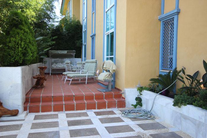 Апартамент нижний этаж  в аренду в  Marbella, Costa del Sol