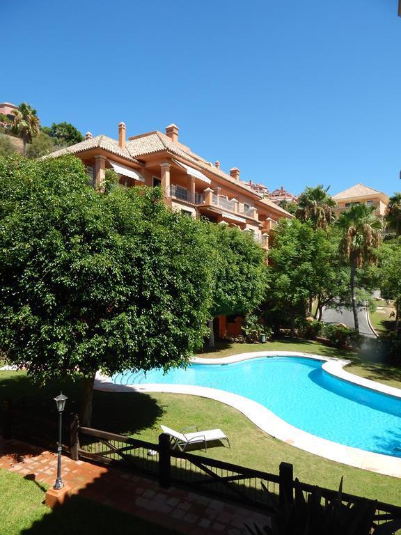 Marbella Banus Apartamento Planta Media, Benahavís – R2679899