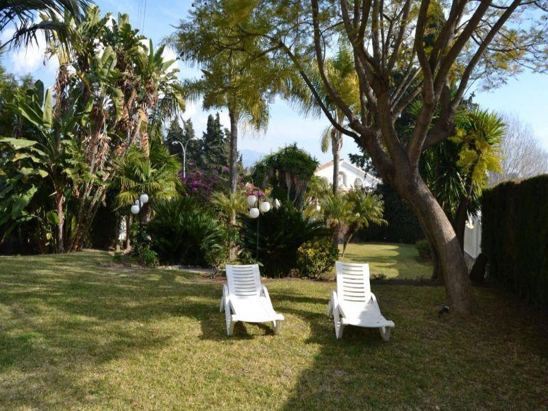 Detached Villa  for sale in  Nueva Andalucía, Costa del Sol