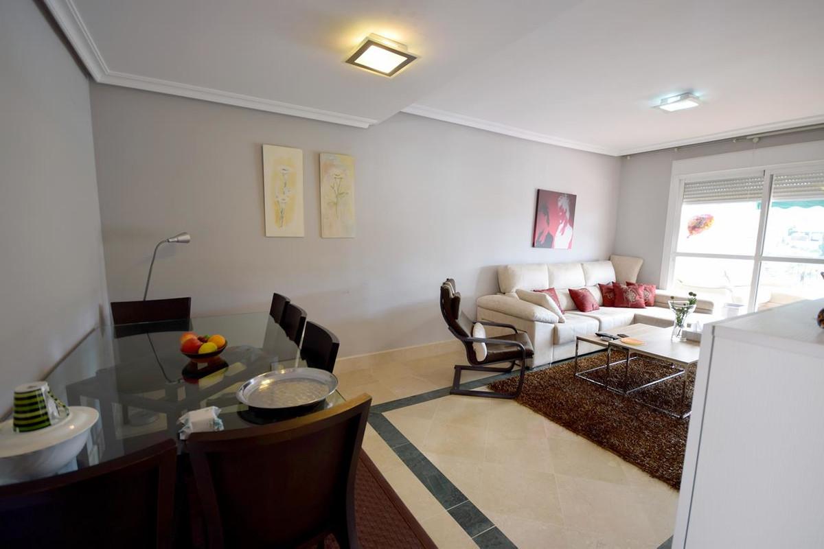 Apartamento Planta Media  en venta en  Nueva Andalucía, Costa del Sol – R3330262