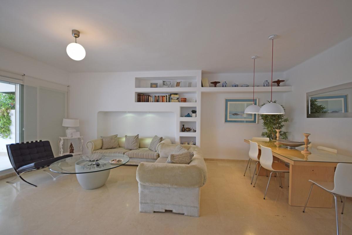 Ático en Venta en Marbella – R3341422