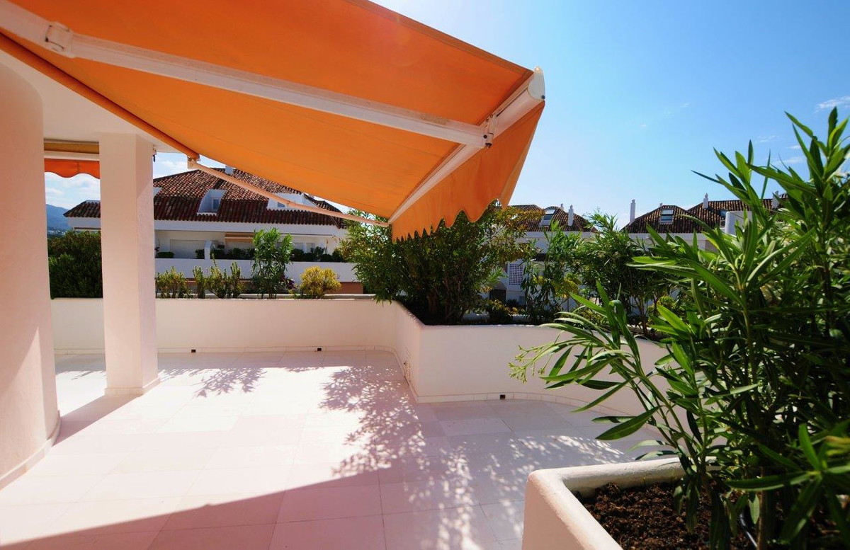 Ático  en venta en  The Golden Mile, Costa del Sol – R3379915