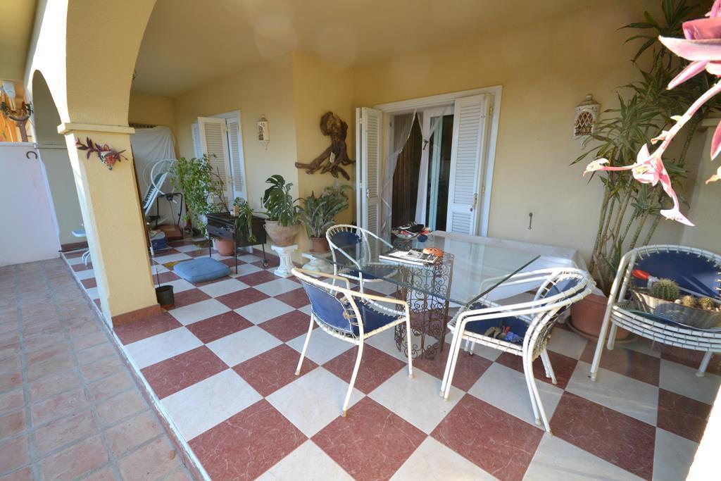 Pareada  en venta en  Marbella, Costa del Sol – R2841278