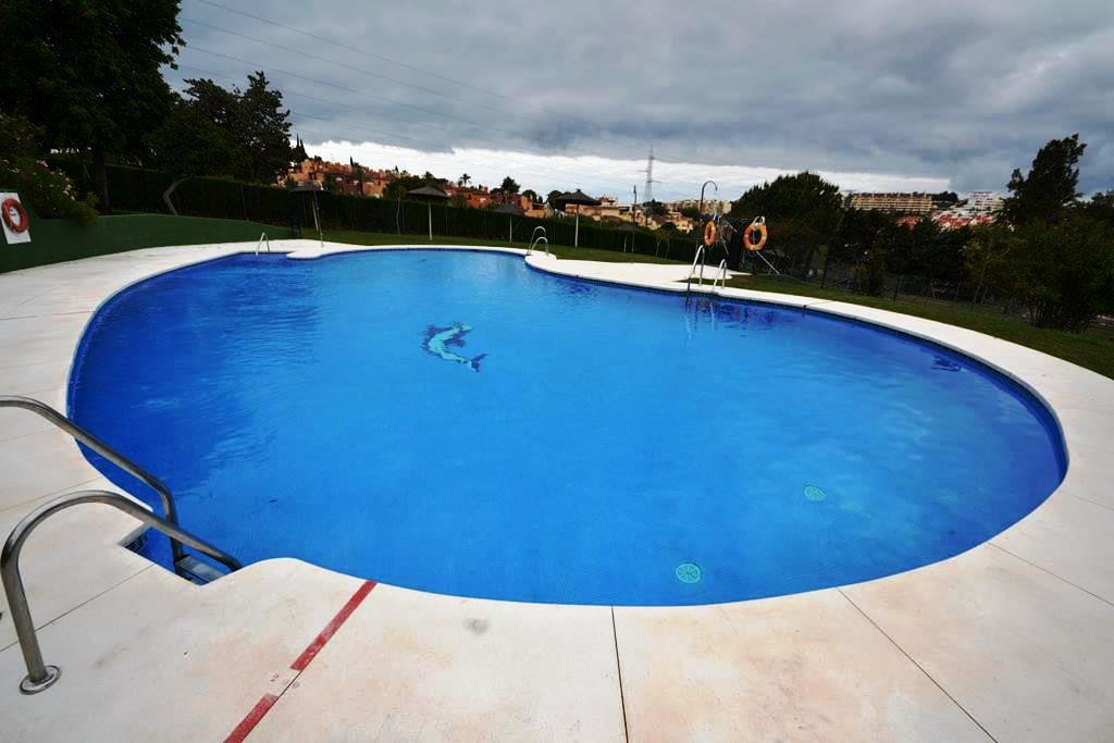 Apartment for sale in  Aloha, Nueva Andalucia