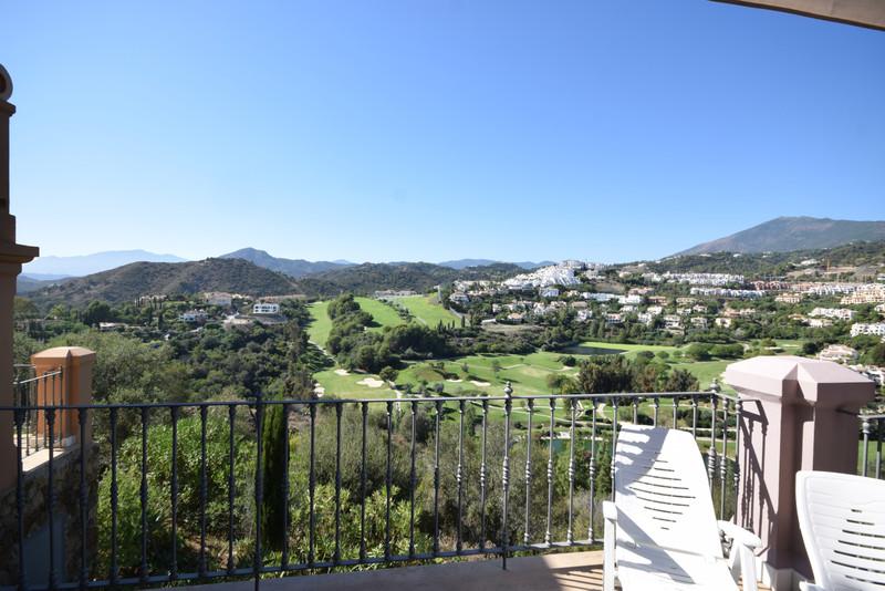 Adosada en venta en Marbella – R3521614