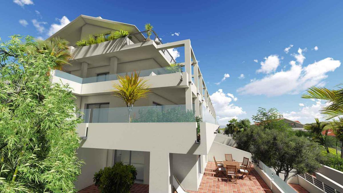 Ground Floor Apartment  for sale in  Estepona, Costa del Sol