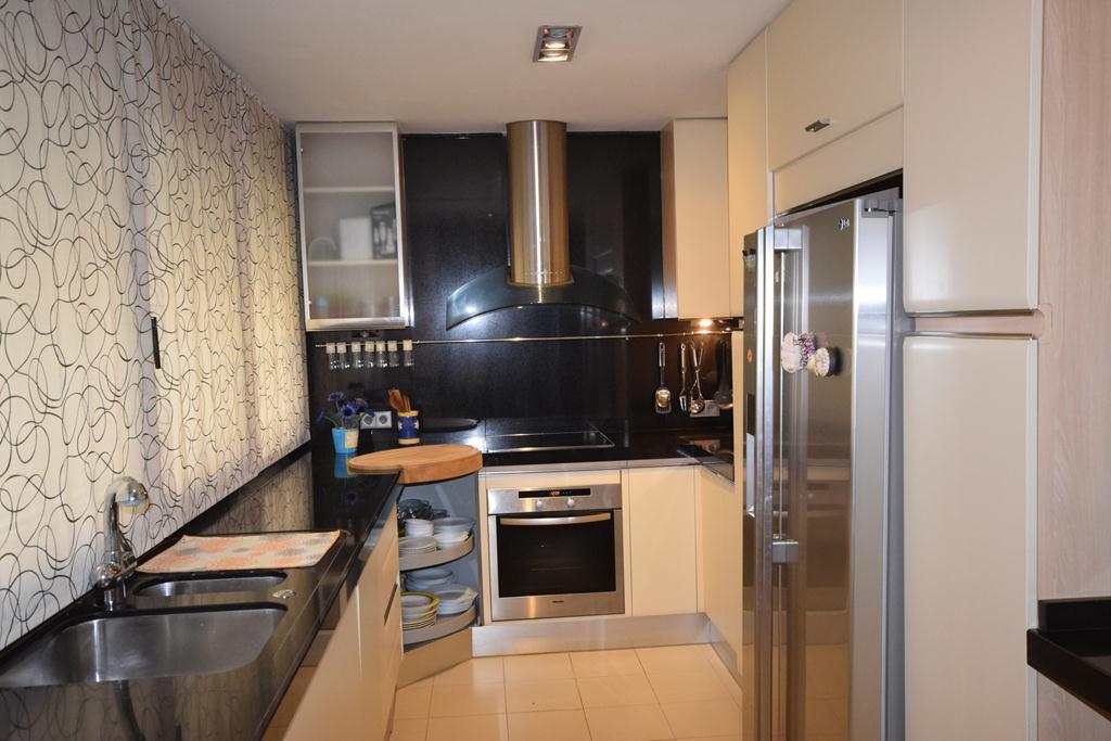 Apartamento Planta Media  en venta en  Marbella, Costa del Sol – R3293164