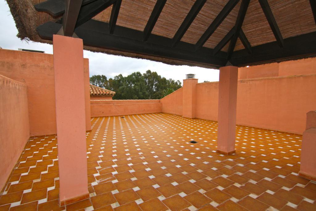 Ático  en venta en  Guadalmina Baja, Costa del Sol – R2124605