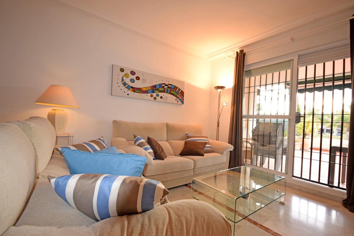 Apartamento Planta Baja  en venta en  Nueva Andalucía, Costa del Sol – R3343432