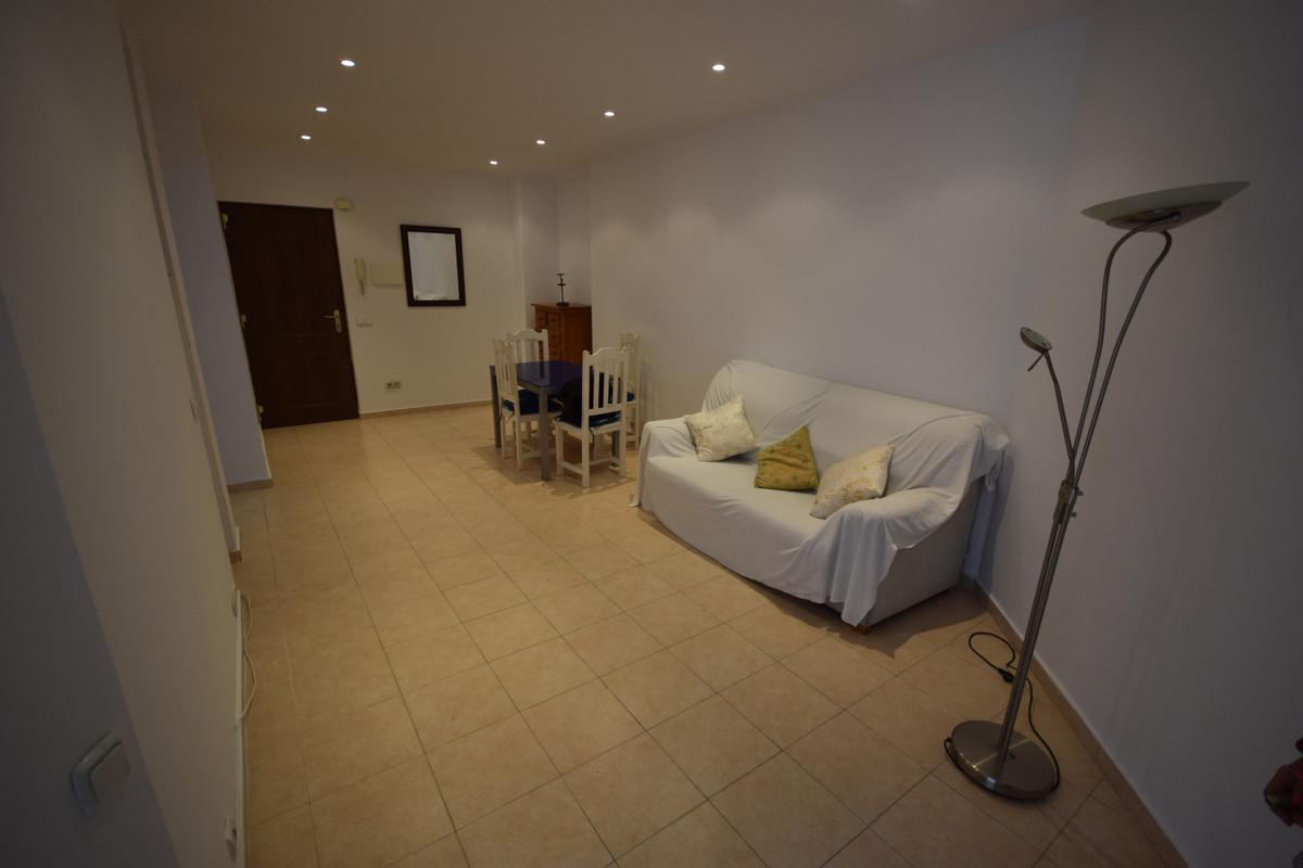 Apartamento Planta Media  en venta en  Marbella, Costa del Sol – R3484996
