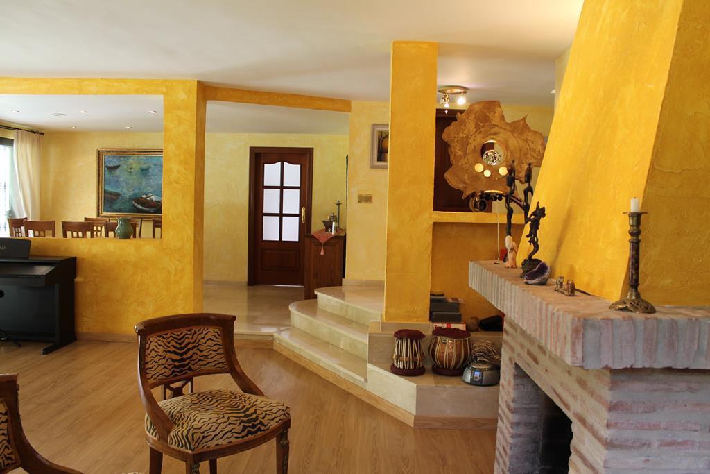 Villa - Chalet  en venta en  Elviria, Costa del Sol – R2965046