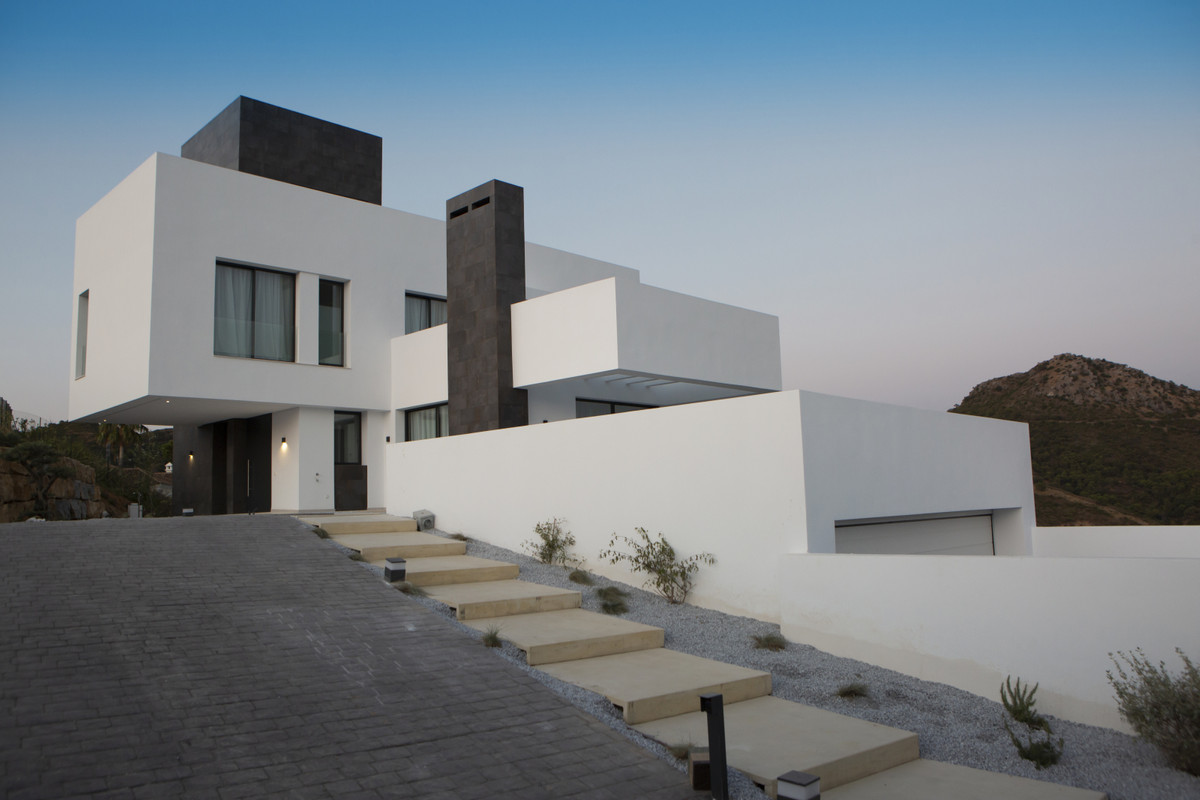 Villa - Chalet  en venta en  Benahavís, Costa del Sol – R3111082