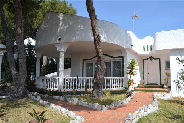Marbella Banus Villa  en Alquiler en Reserva de Marbella – R783947