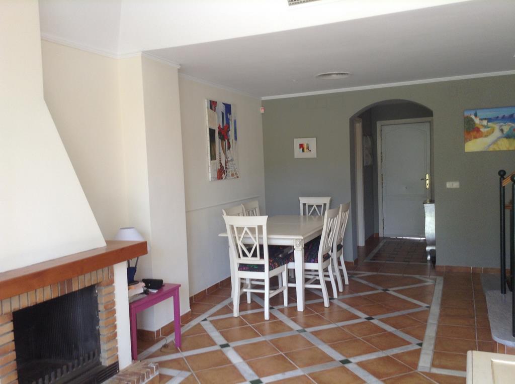 Adosado en Alquiler Vacacional en Bahía de Marbella – R3171310