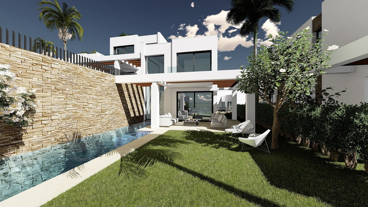 Detached Villa  for sale in  Cabopino, Costa del Sol