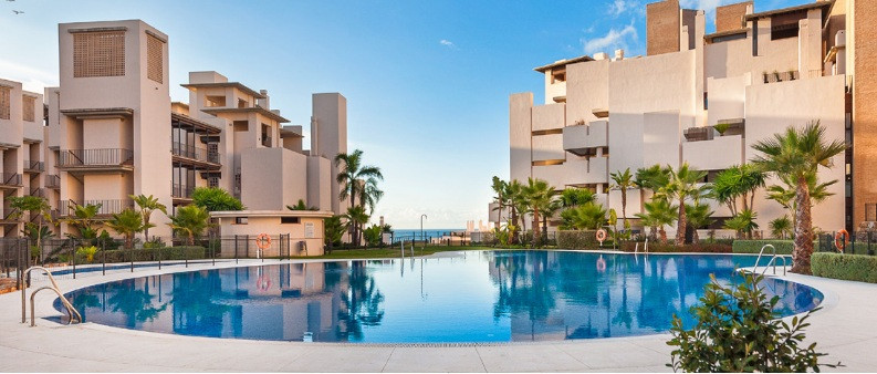 Ground Floor Apartment  for sale in  New Golden Mile, Costa del Sol