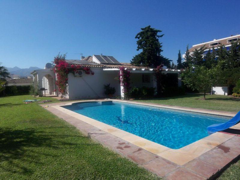 Marbella Banus Villa for Rent in Marbella - R721535