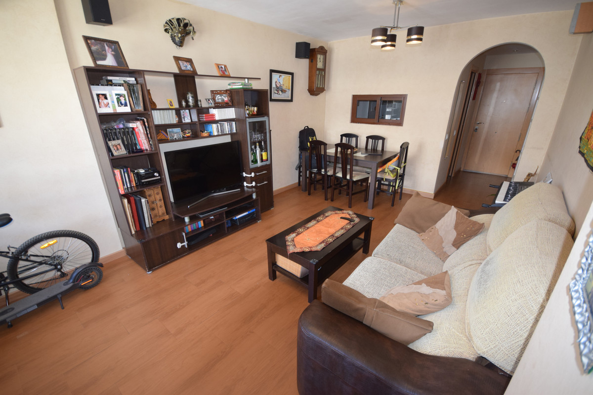 Apartamento Planta Media  en venta en  Marbella, Costa del Sol – R3447178