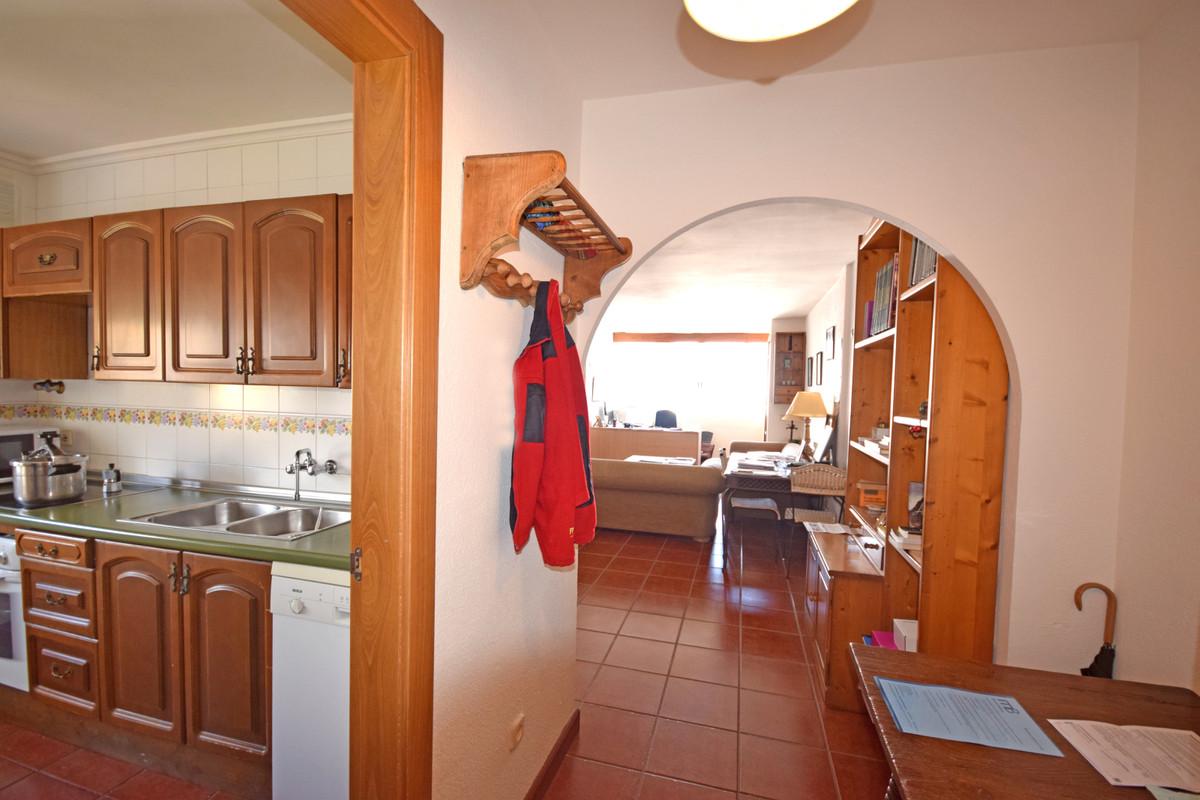 Apartamento en Planta Última  en venta en  Marbella, Costa del Sol – R3381985