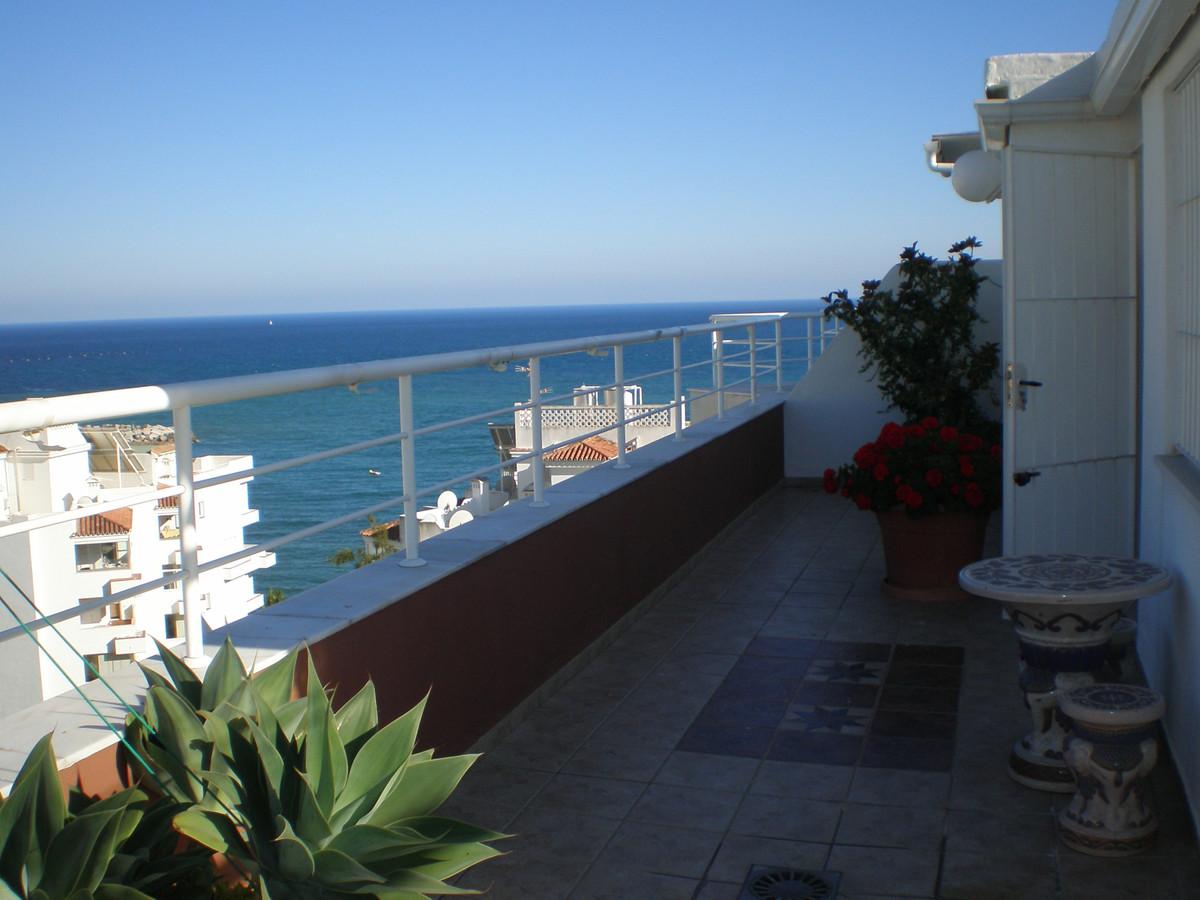 Ático  en venta en  Marbella, Costa del Sol – R3382669