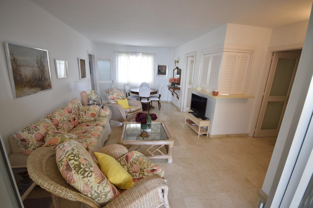Apartamento en Venta en Marbella – R3377515