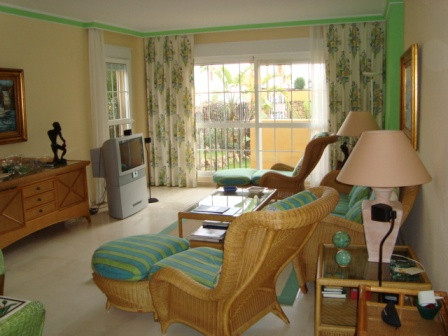 Appartement à louer à Marbella Bay - R1941603