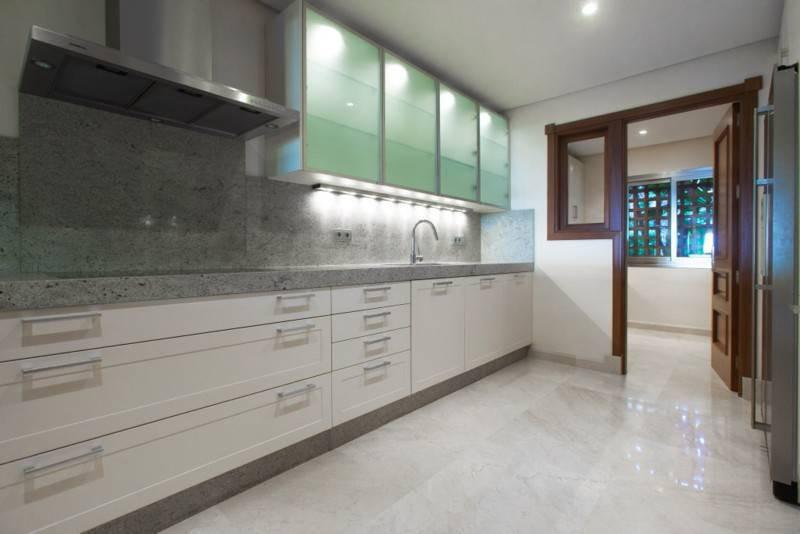 Apartamento en Venta en Los Monteros – R2683250