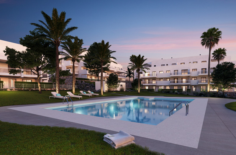 Middle Floor Apartment, La Cala de Mijas - R3477892