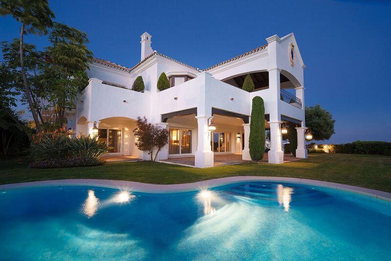 Villa en Venta en Benahavís – R3012089
