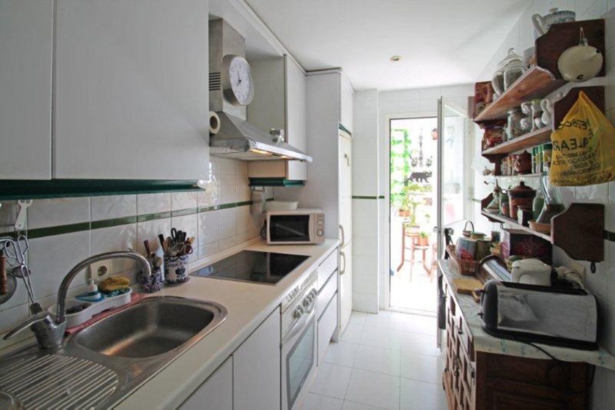 Ático  en venta en  Marbella, Costa del Sol – R3466687