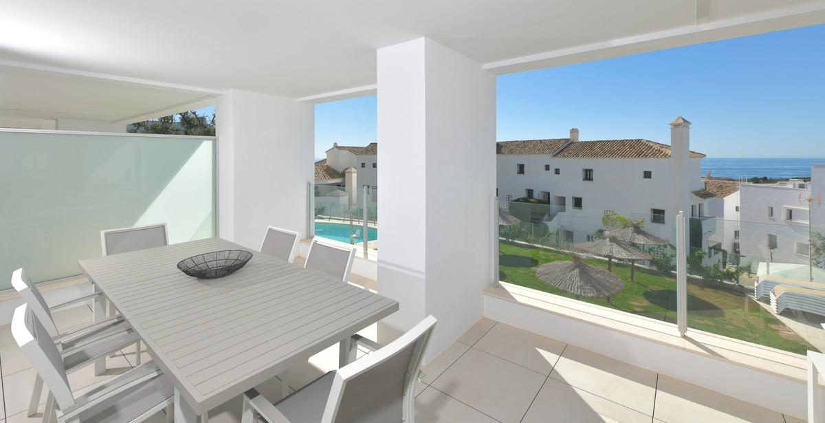 Apartamento Planta Baja  en venta en  Altos de los Monteros, Costa del Sol – R2891330