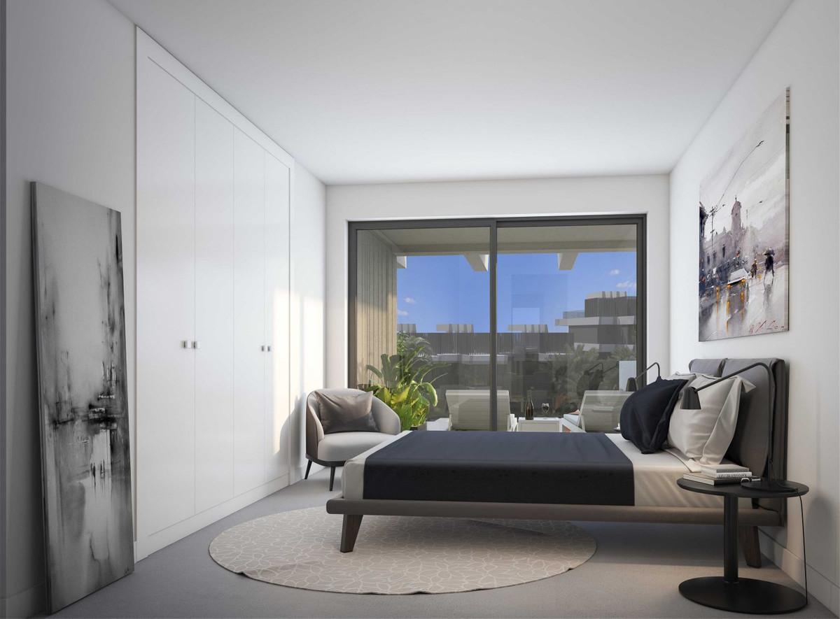Apartamento en Venta en New Golden Mile – R3229204