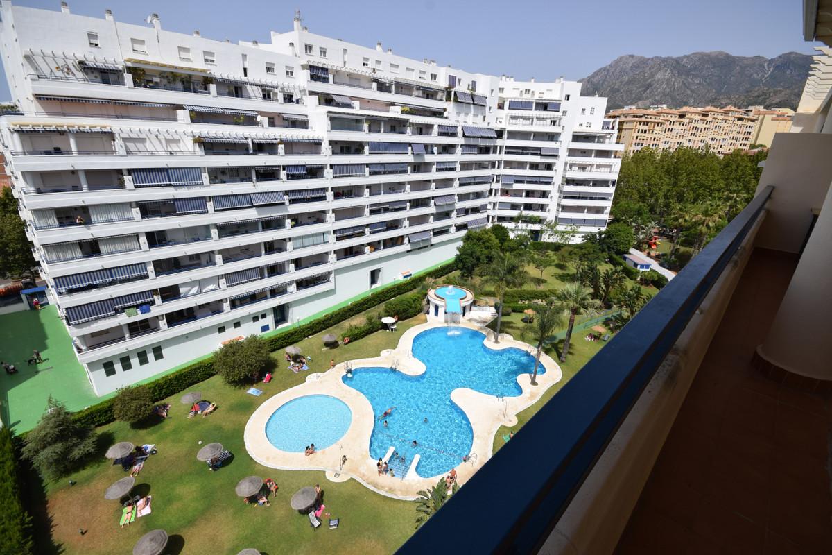 Apartment Apartamento Planta Media en Marbella