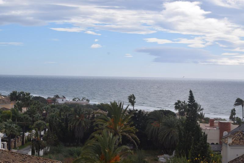 Apartamento Planta Media en Alquiler, Marbella – R3539707