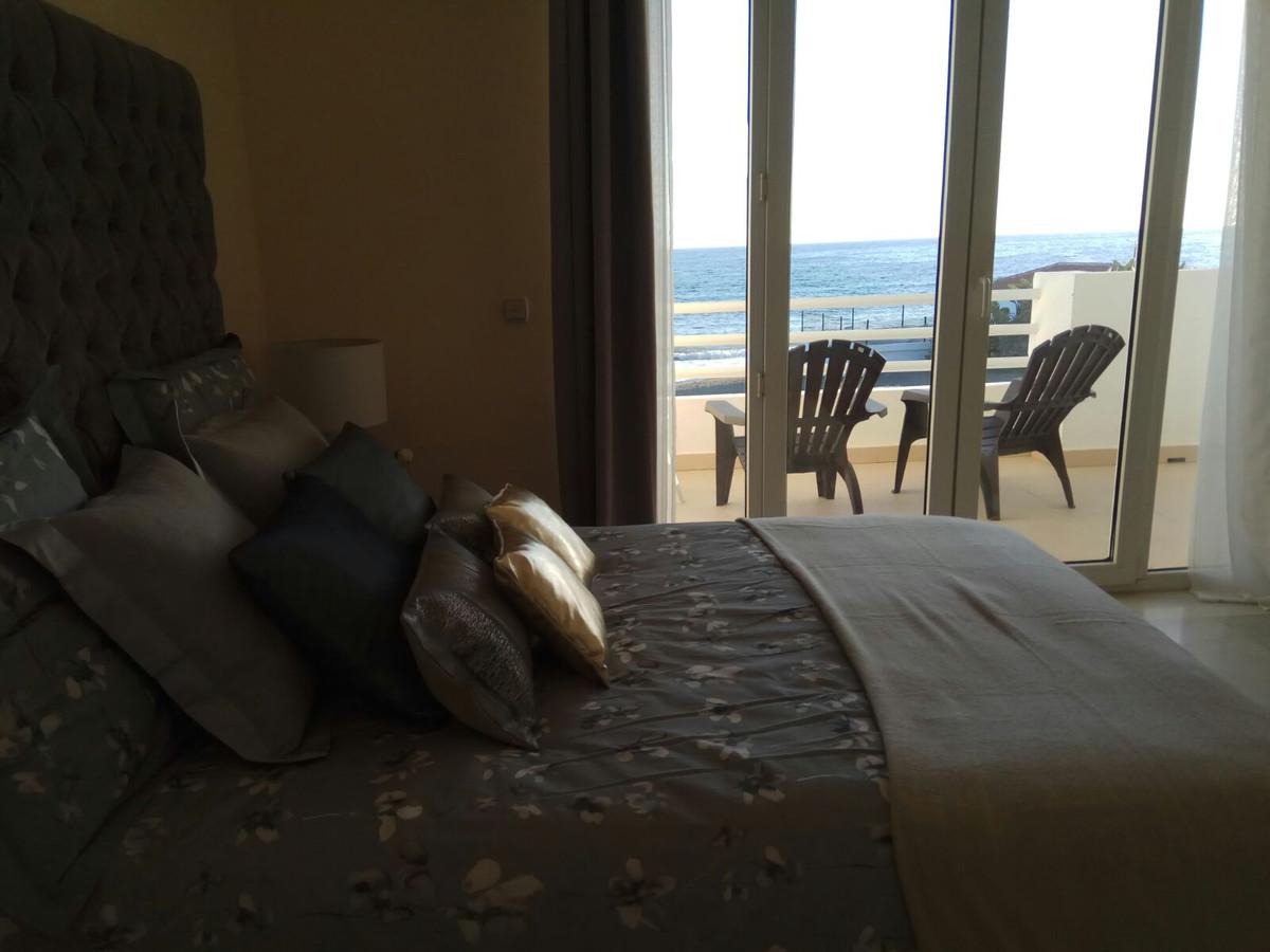 Adosada  en venta en  New Golden Mile, Costa del Sol – R3187660