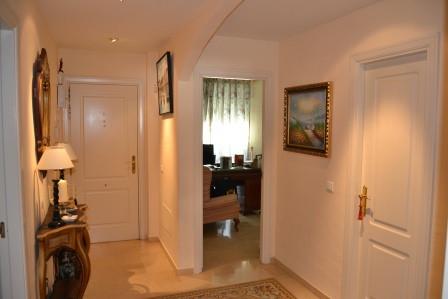 Apartamento en Venta en Nagüeles – R2372051