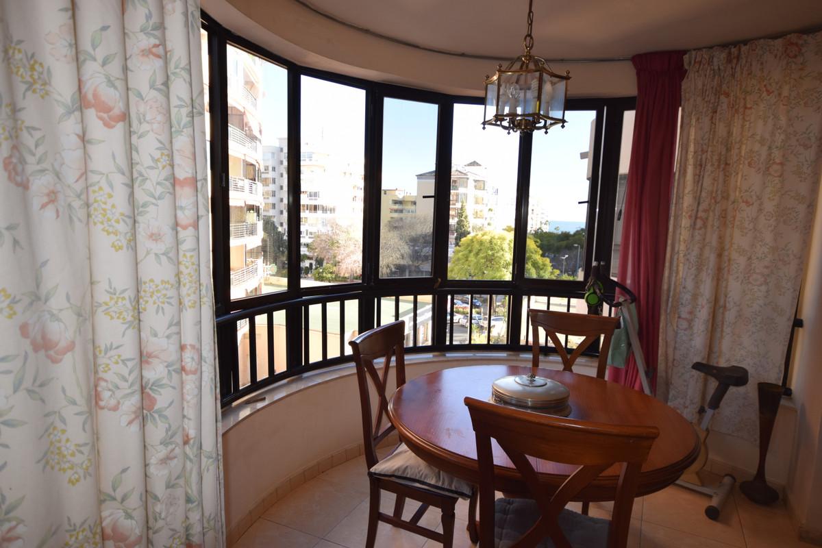 Apartamento en Venta en Marbella – R3366082