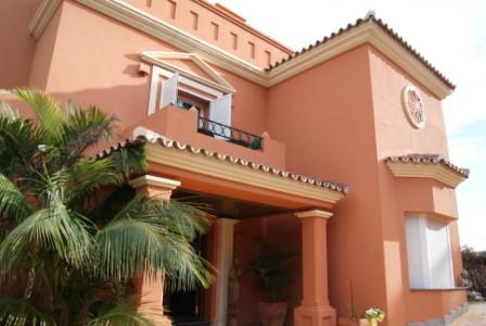 Villa en Venta en Río Real – R1941141