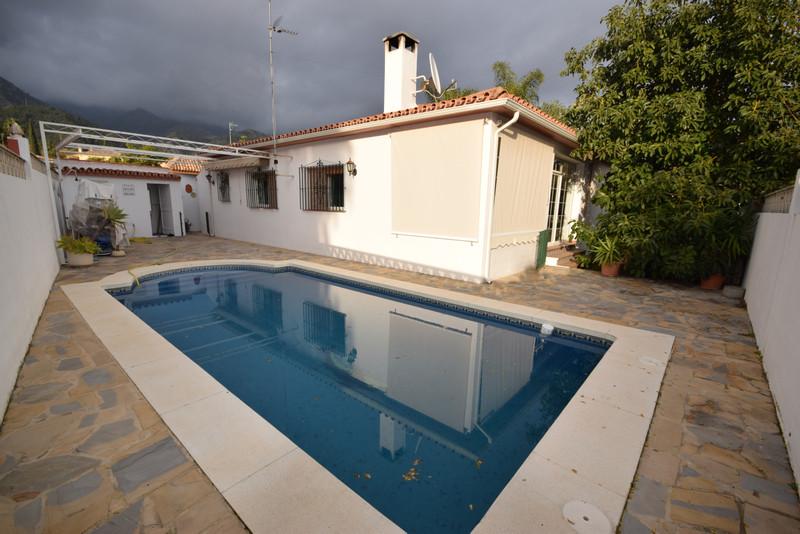 Villa – Chalet en Alquiler Vacacional, Marbella – R3339013