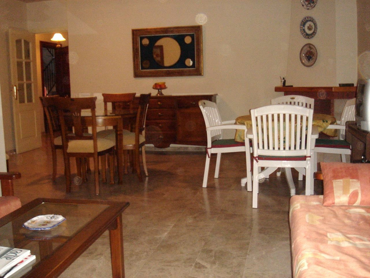 Appartement Mi-étage  en vente à  Nueva Andalucía, Costa del Sol