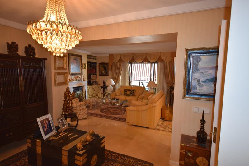 Apartamento en Planta Última en Alquiler Vacacional, Marbella – R3370564
