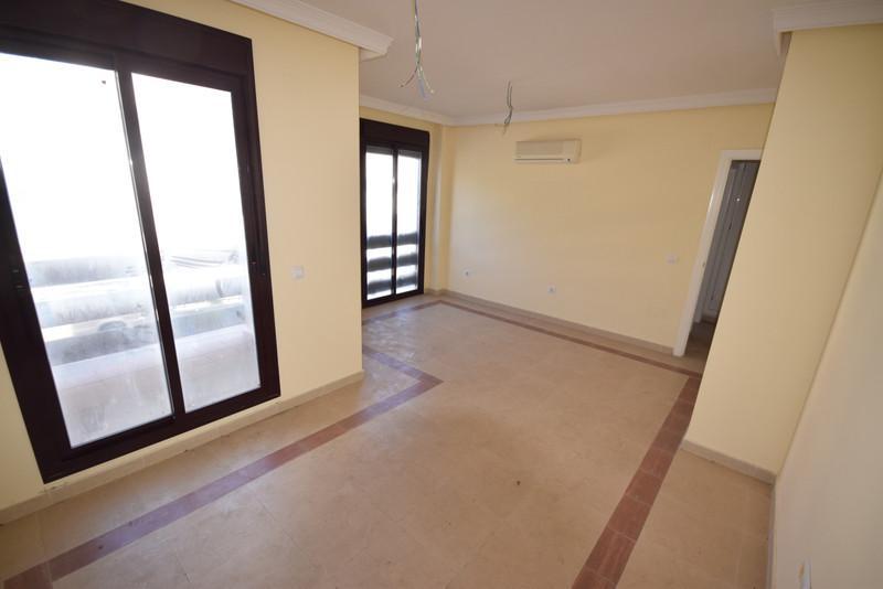 Apartamento Planta Media, Nueva Andalucía – R3391855