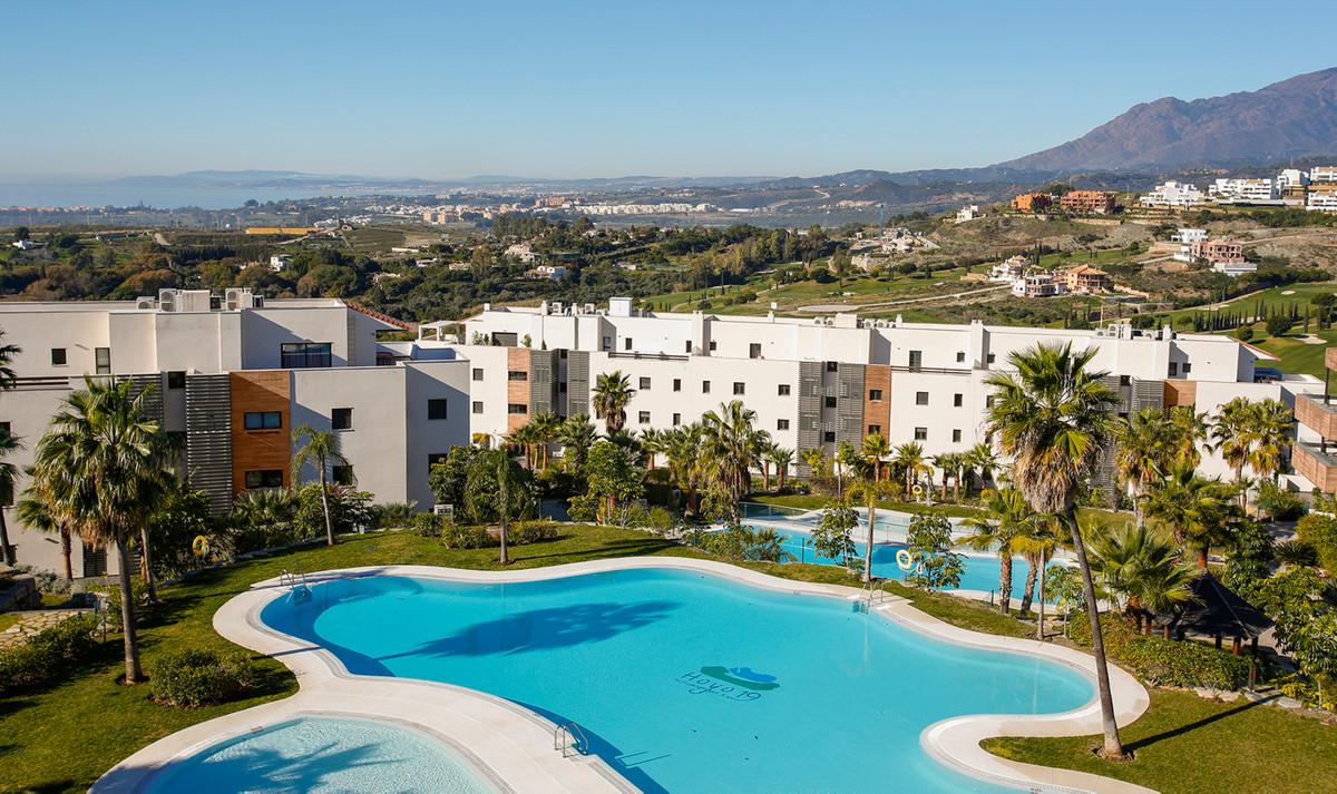Apartamento Planta Baja  en venta en  Benahavís, Costa del Sol – R2678456