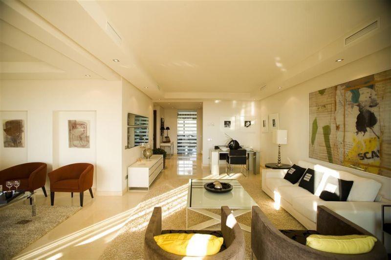 Apartamento en Venta en El Paraiso – R2682929