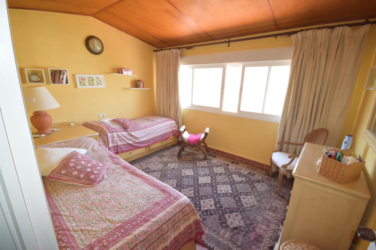 Ático  en venta en  Puerto Banús, Costa del Sol – R3467509