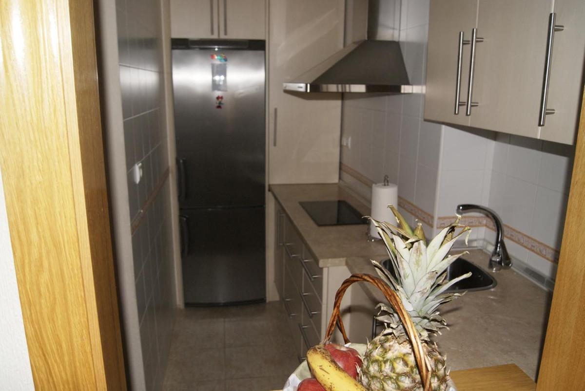 Apartamento Planta Media  en venta en  Marbella, Costa del Sol – R721739