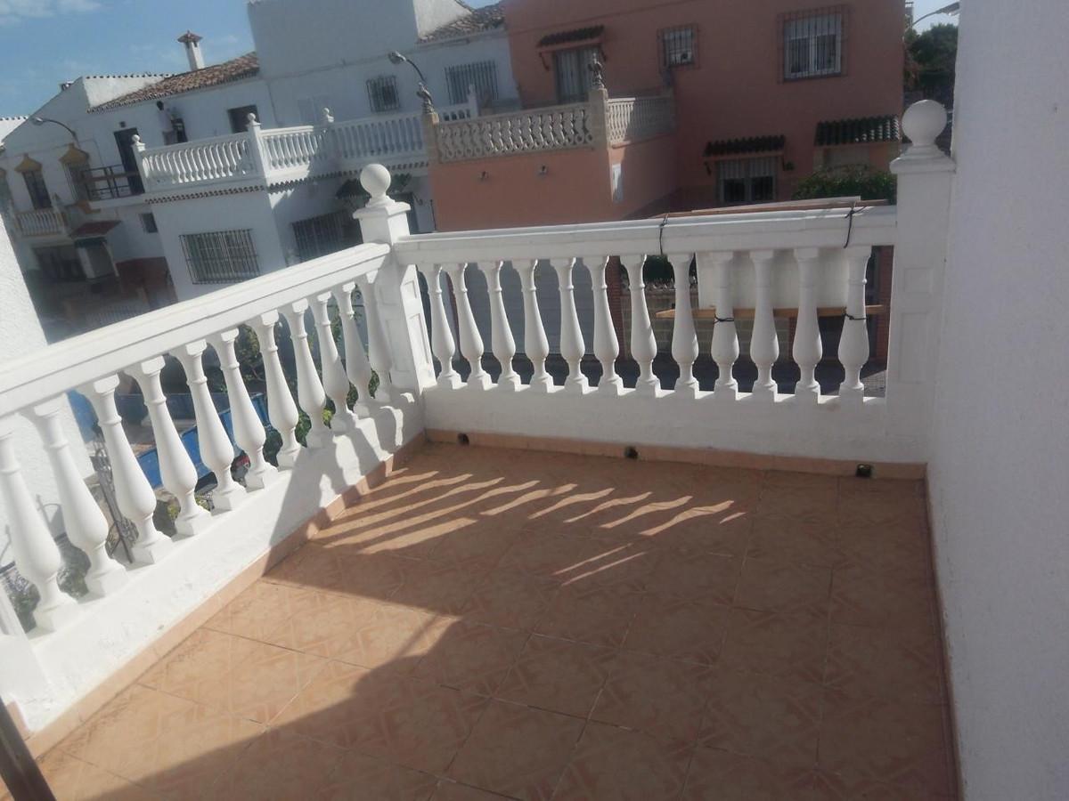 Pareada  en venta en  Marbella, Costa del Sol – R718604