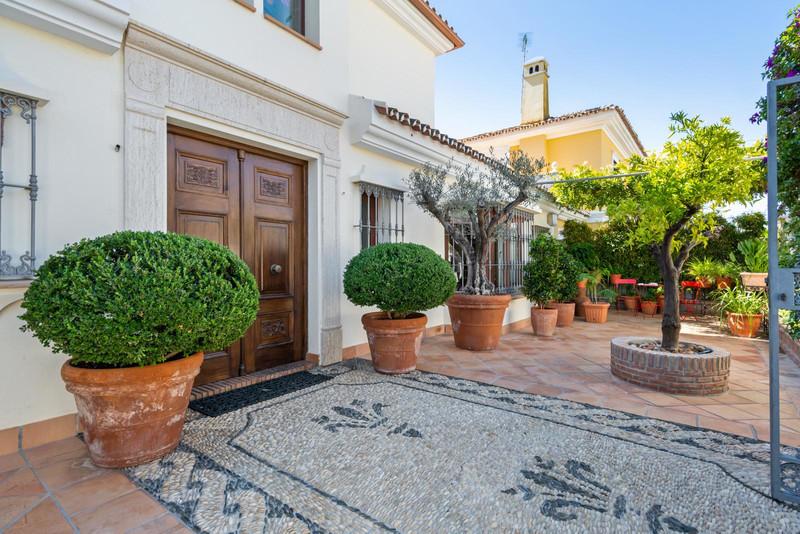 Villa – Chalet en venta en Marbella – R3266221
