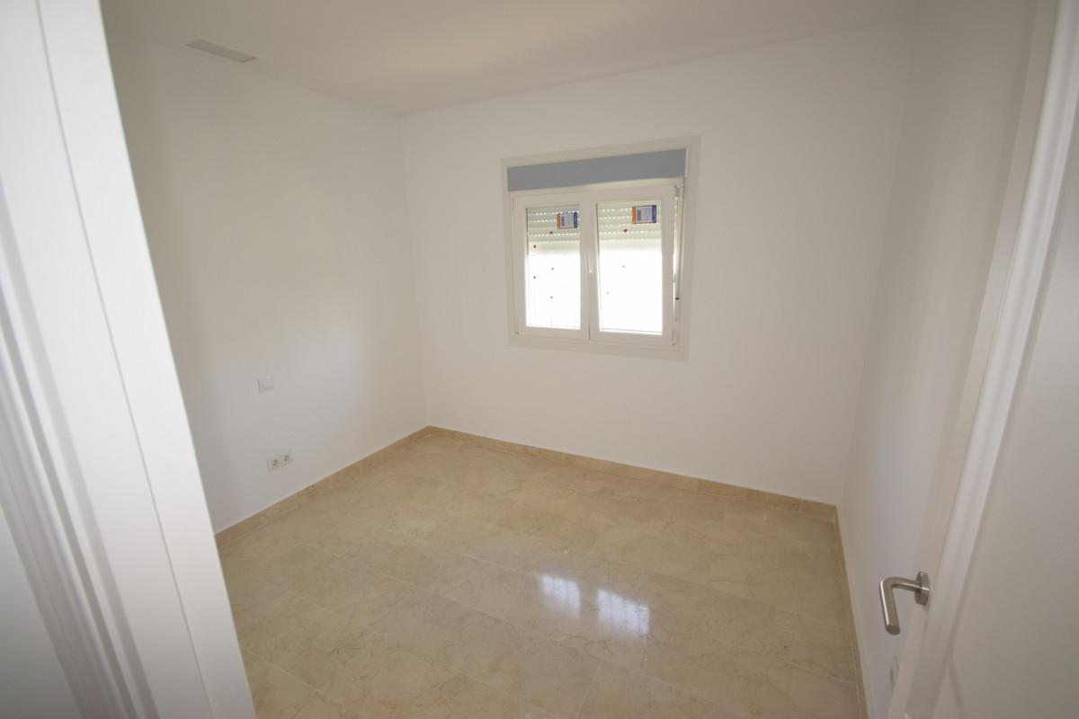 Adosada  en venta en  Nueva Andalucía, Costa del Sol – R3455926