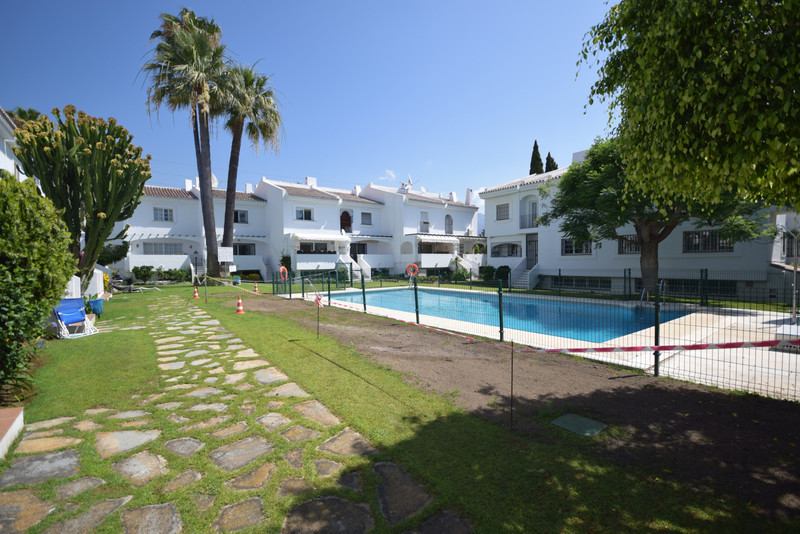 Reihen, Nueva Andalucía - R3455926